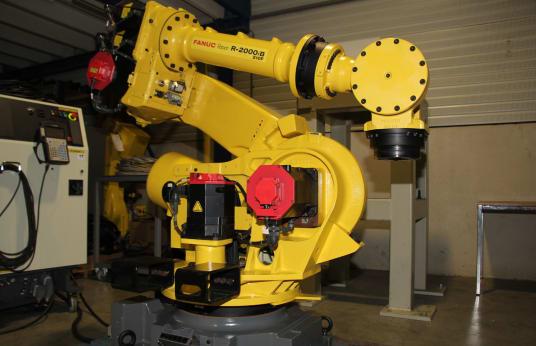FANUC R2000iB/210F Индустриален робот