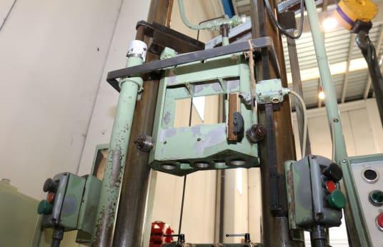 Brocciatrice verticale FORST RISZ 6,3 x 1000 x 320