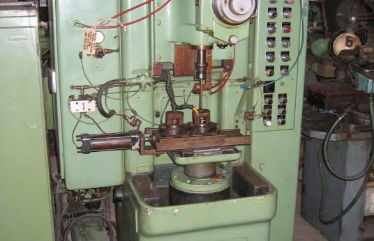 JONES & SHIPMAN 738 Vertical Honing Machine