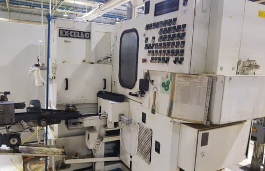EXCELLO XK-225 Spline Rolling Machine