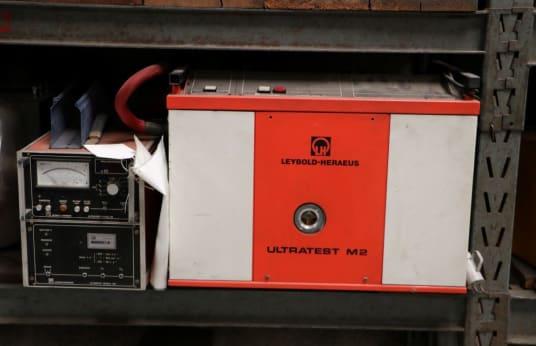 LEYBOLD-HERAEUS ULTRATEST M2 Vacuum Testing Machine