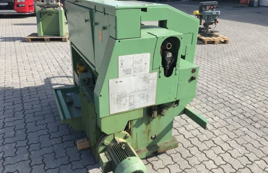 GILDEMEISTER NEF 280 CNC-eszterga