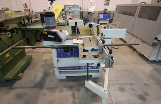 MINIMAX FORMULA T1 Spindle Moulder with Sliding Table and Feeder