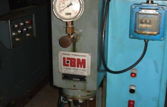 LBM B-4 Hydraulische pers