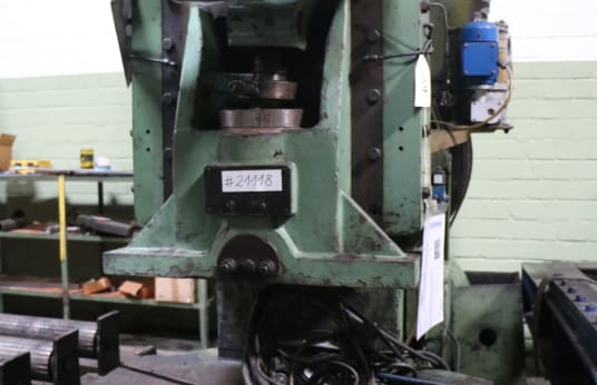 BETZ EZL 135 Single-Column Eccentric Press