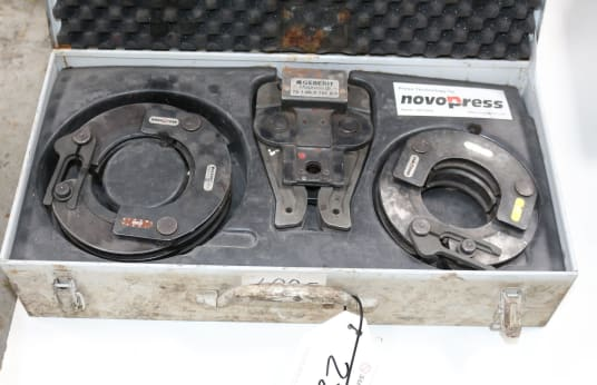 NOVOPRESS Lot of Jaw and Pressing Collars