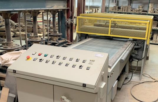 C.P.C. SRL PAO 4590 2000 Horizontal Push Hydraulic Stiskalnica