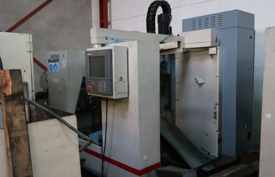 CINCINNATI VMC-500 Vertical machining center