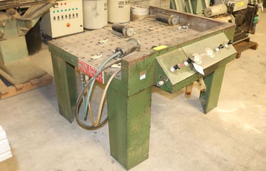 RAMARCH PNC 4 Perforated Plate Pneumatic preša