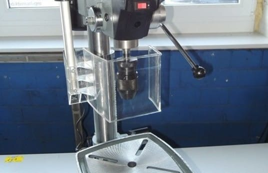 UWM UWM 20 Table drilling machine