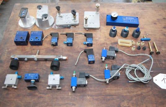 VUOTOTECNICA Lot of pneumatic tools for vacuum