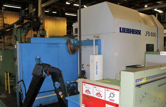 Talladora de engranajes por cortador CNC LIEBHERR LFS 600