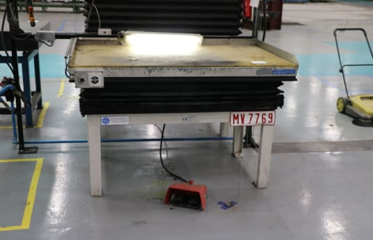 RDL ENGINEERING Scissors Lift Table