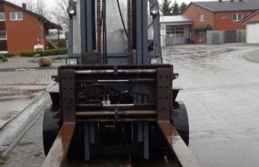 LPG vysokozdvižný vozík YALE GLP 50 MFV 2980