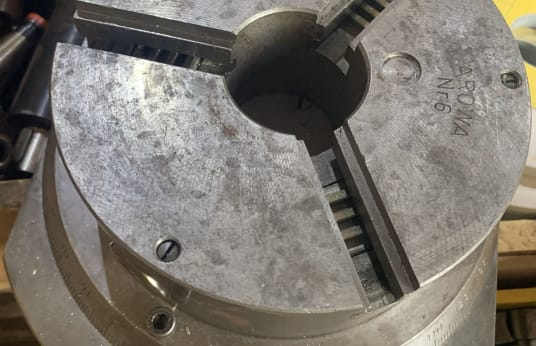 AROWA Three Jaw Chuck
