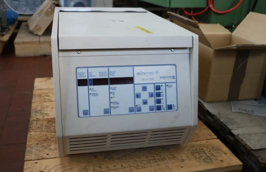 SIGMA 2 K 15 Refrigerated Centrifuge