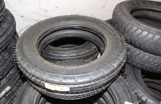 LUTONG 400-16 Lot of Tires (20)