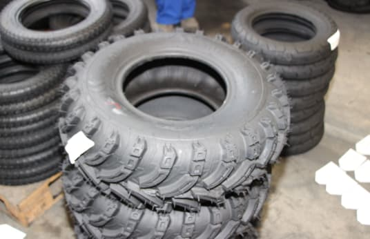 SIAMESE 23X800-10 Lot of Tires (16)