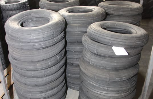 PNEUMANT 4.50 - 10 Lot of Tires (720)