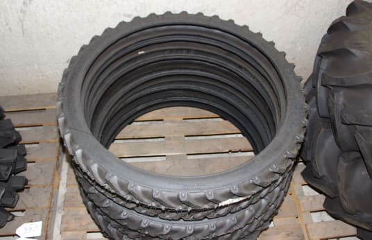 SPEEDWAYS 450-36 Posten Reifen (6)