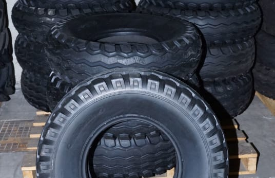 WORK-TIRE 115/80 - 15.3 Lot of Tires (12)