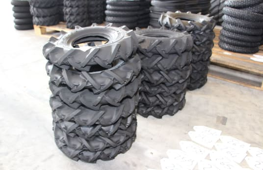 SIAMESE 350-6 Lot of Tires (220 pcs.)