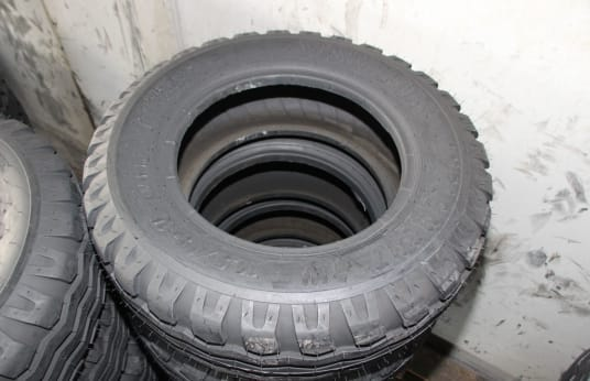 VISKAFORS 10.5/65-16 Lot of Tires (12)
