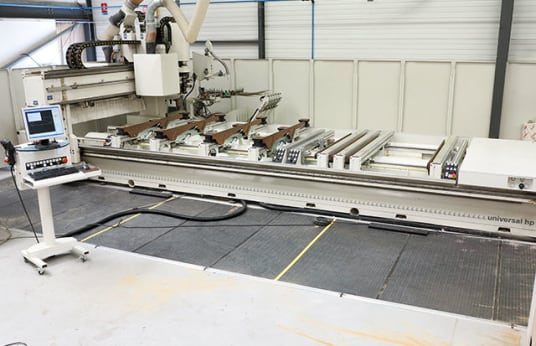 MORBIDELLI UNIVERSAL HPE WORKING CENTER FOR BORING ROUTING EDGEBANDING