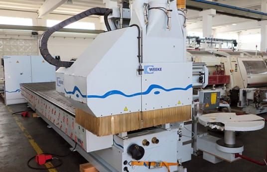 WEEKE BHC 550 CNC Router with NESTING Table