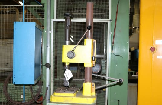 AUTOMATOR Hand Press
