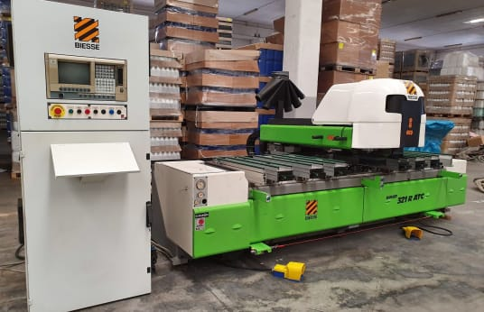Centru de prelucrare CNC BIESSE ROVER 321R