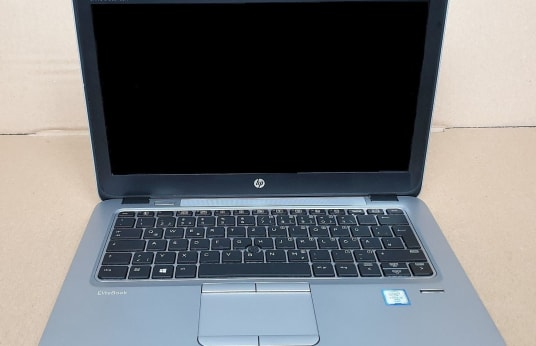 HP UltraBook 820 G3 Notebook