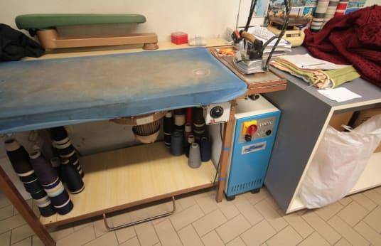 FIMAS Professional flat iron
