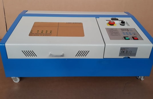 GUANGZHOU KH-3020 Lasergravurmaschine