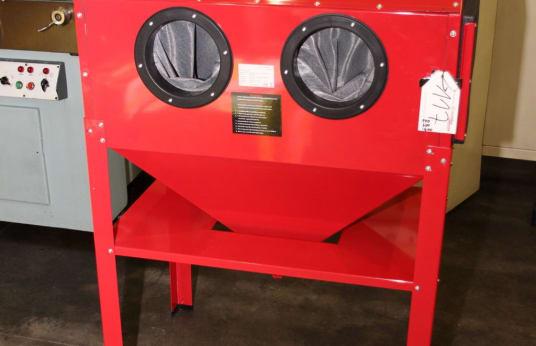 SXC EUROPE SBC 220 Send Blasting Cabinet