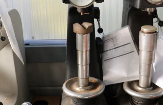 ROCKWELL 4 DS Hardness tester