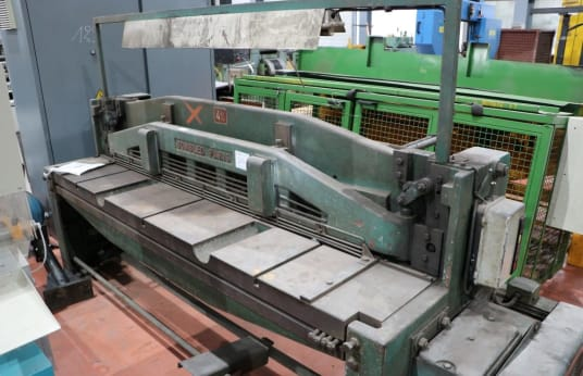 BOMBLED 9 F Guillotine shear