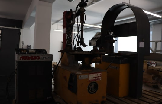 CML SM 6 Tyre Assembly Machine
