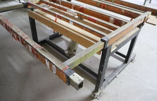 FEDERHENN Assembly Table