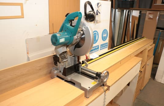 MAKITA LC 1203 Chop Saw