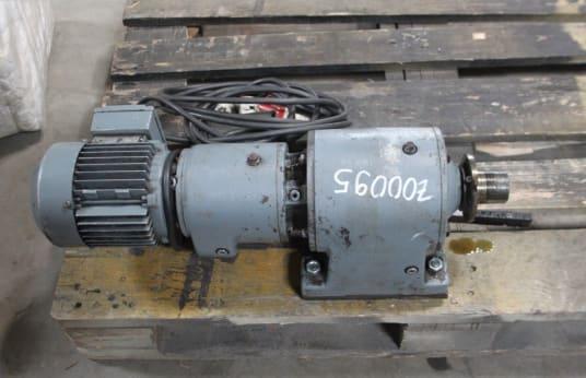 SEW EURODRIVE R60 40DT71K-4 Gear Motor