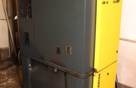 KAESER AIRCENTER SM 12 Vijačni kompresor