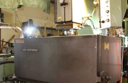 AEG ELOTHERM ELBOMAT 453 Vertical Eroding Machine