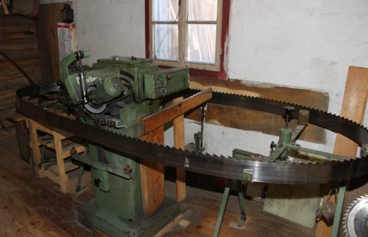 PRIMULTINI Blade Sharpening Machine
