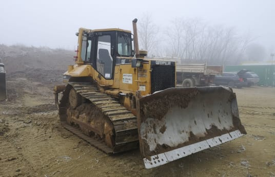 CATERPILLAR D6M XL Crawler Tractor