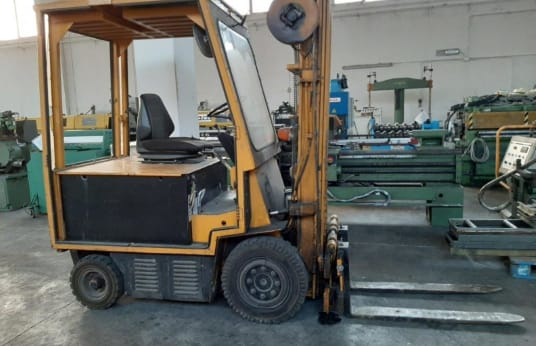 AMEISE Electric forklift