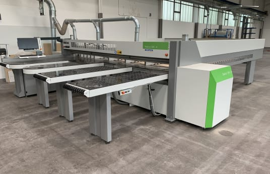 BIESSE Selco SK 470 / 4300 x 4400 horizontal panel-sizing saw