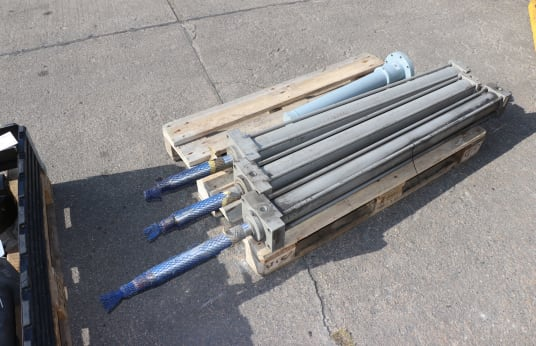 MIR, DR. BAUS Hydraulic Cylinder
