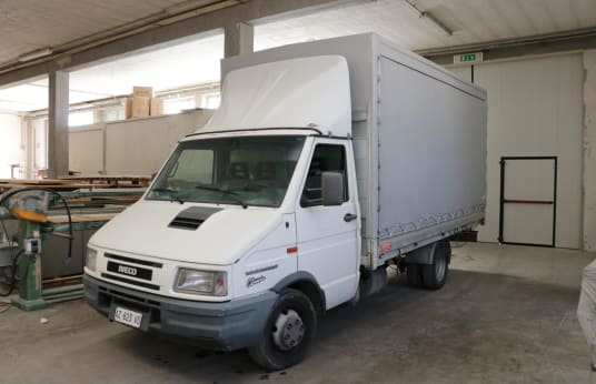 IVECO TURBO DAILY 35-12 Truck