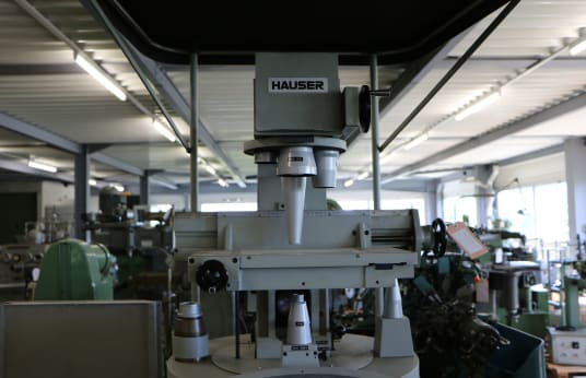 HAUSER H 601 Profile Projector